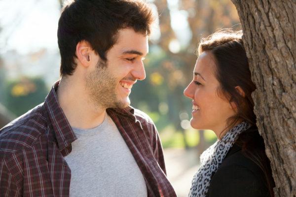 Timidité avec une femme? Le vrai remède